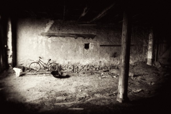 abandoned storm barn lionville bicycle deserted ra