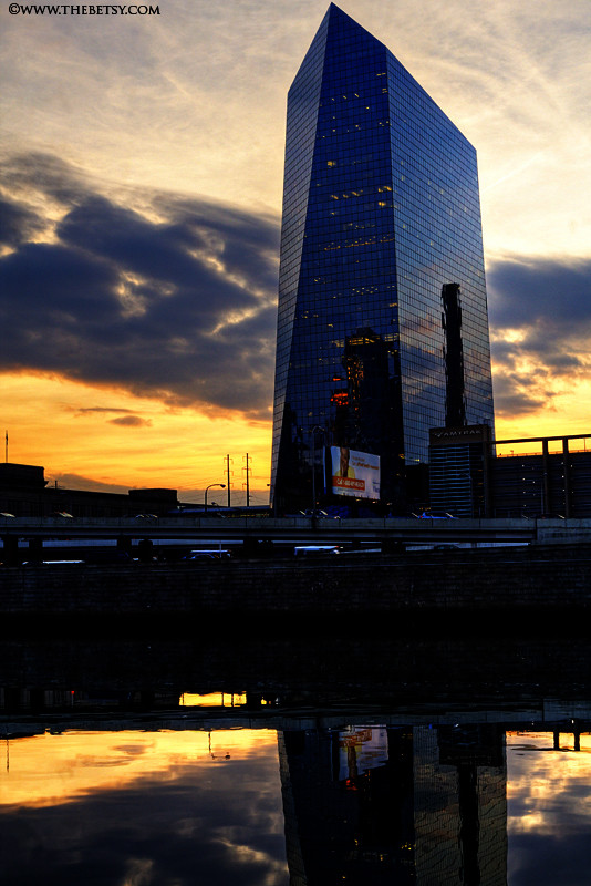 cira center, night, philadelphia, schuylkill, rive