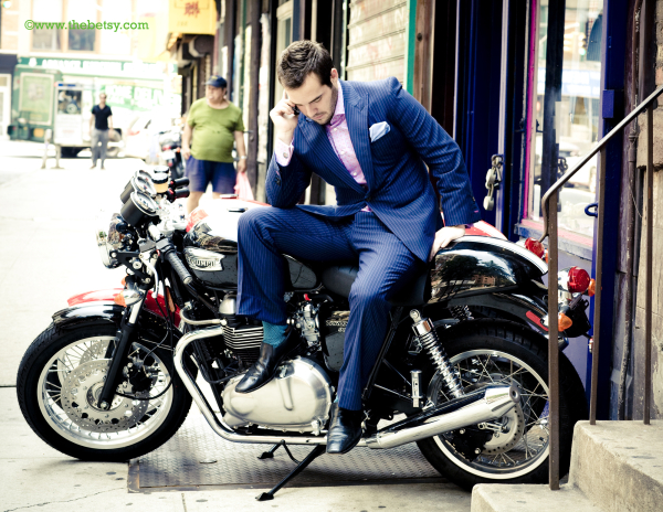 new-york-city, motorcycle, suit, beer-belly, stree