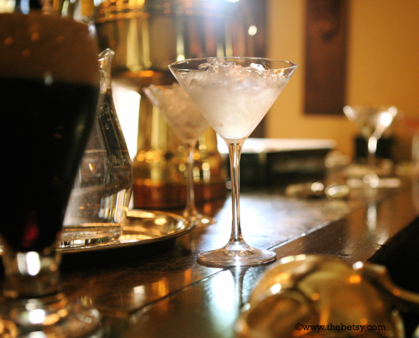 martini, bar, happy-hour, evening, glass