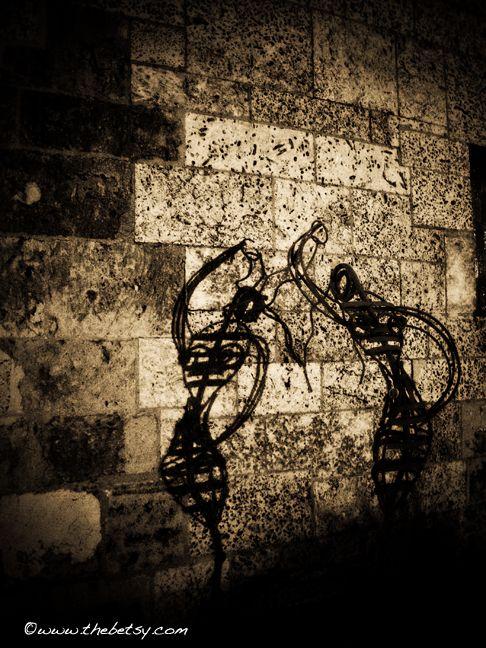sculpture, street, shadow