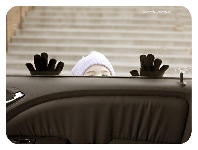 bus-stop, girl, gloves, winter, hat, peering, car