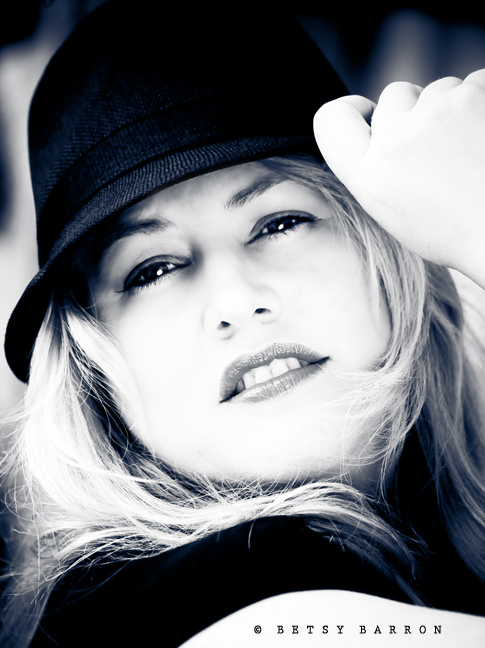 mary, portrait, rock-the-frock, black-white, hat