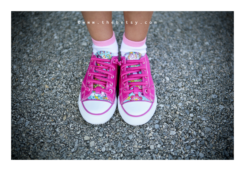 shoes, pink, girl, kindergarten, street