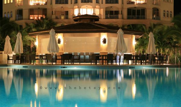 pool. hotel, resort, turks, night, reflection
