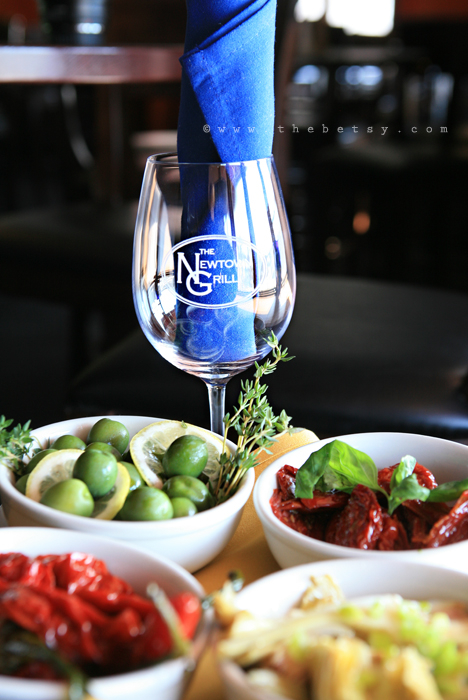 food, italian, glass, dishes, olives, appetizers