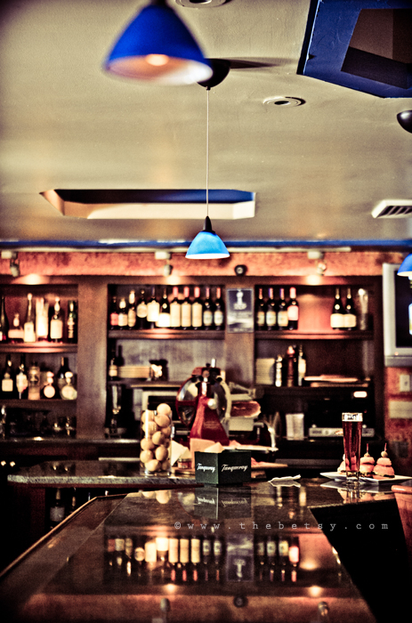 bar, tavern, pub, restaurant, night