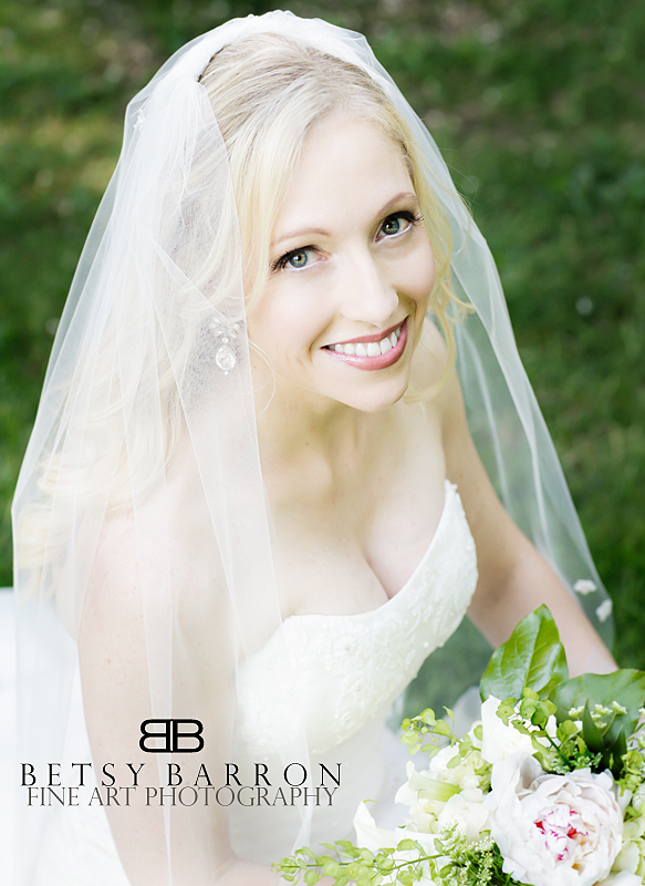 portrait, bride, bridal, wedding, gown, veil