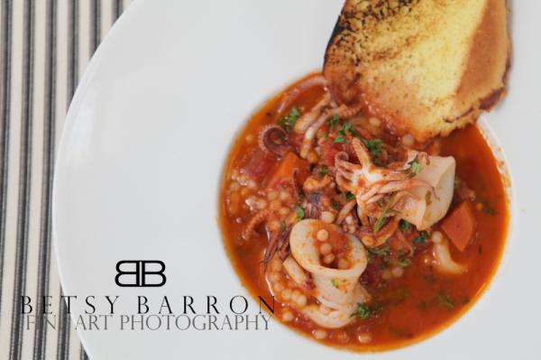 food, cuisine, calamari, squid, tomato, plate
