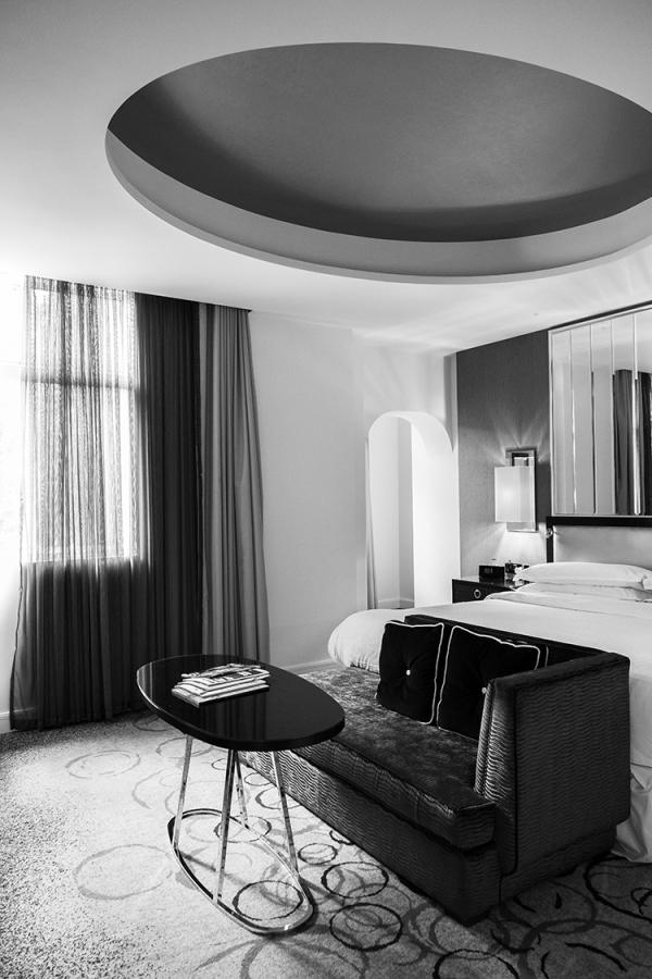 hotel room in london