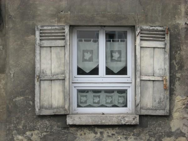 window in provins