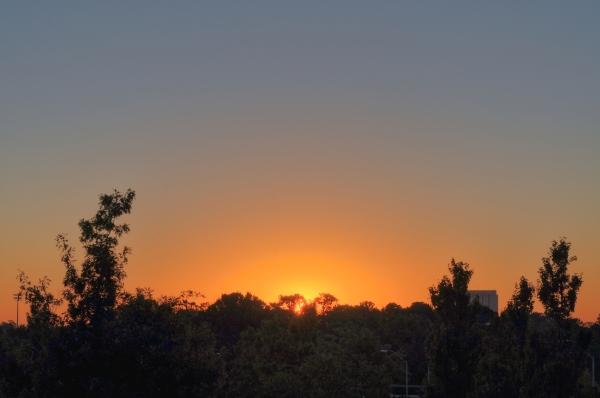Raleigh Sunrise 20101009