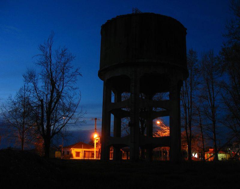 tank night