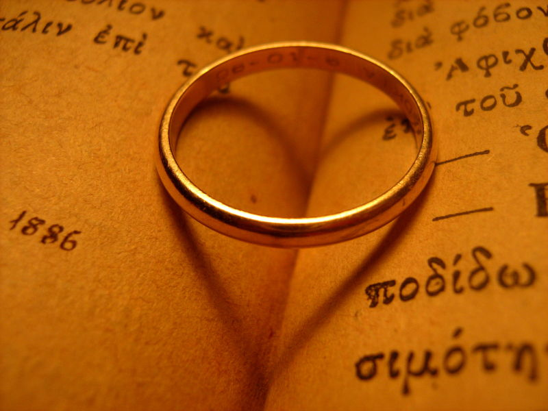 love wedding ring