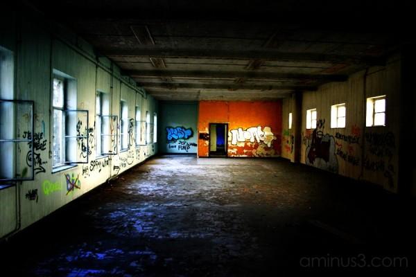 urban exploration bruges old
