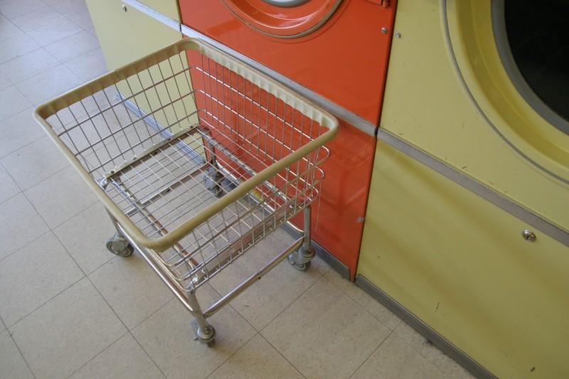 Sarah Guck laundromat cart orange yellow Dredger