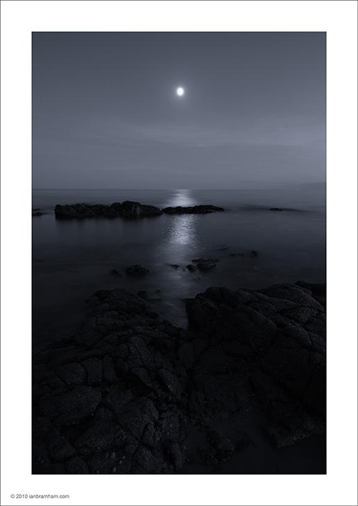 Moonrise over the Sea - Bénodet, France