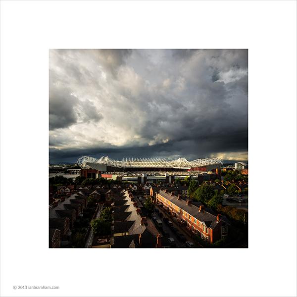 MUFC - Rain Clouds