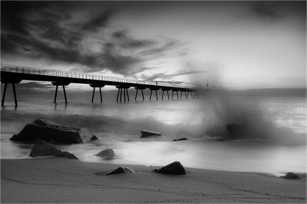 Badalona. Puente del petróleo