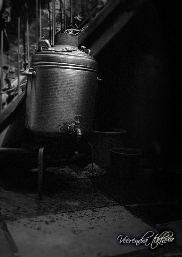 antique hot watermachine - 2