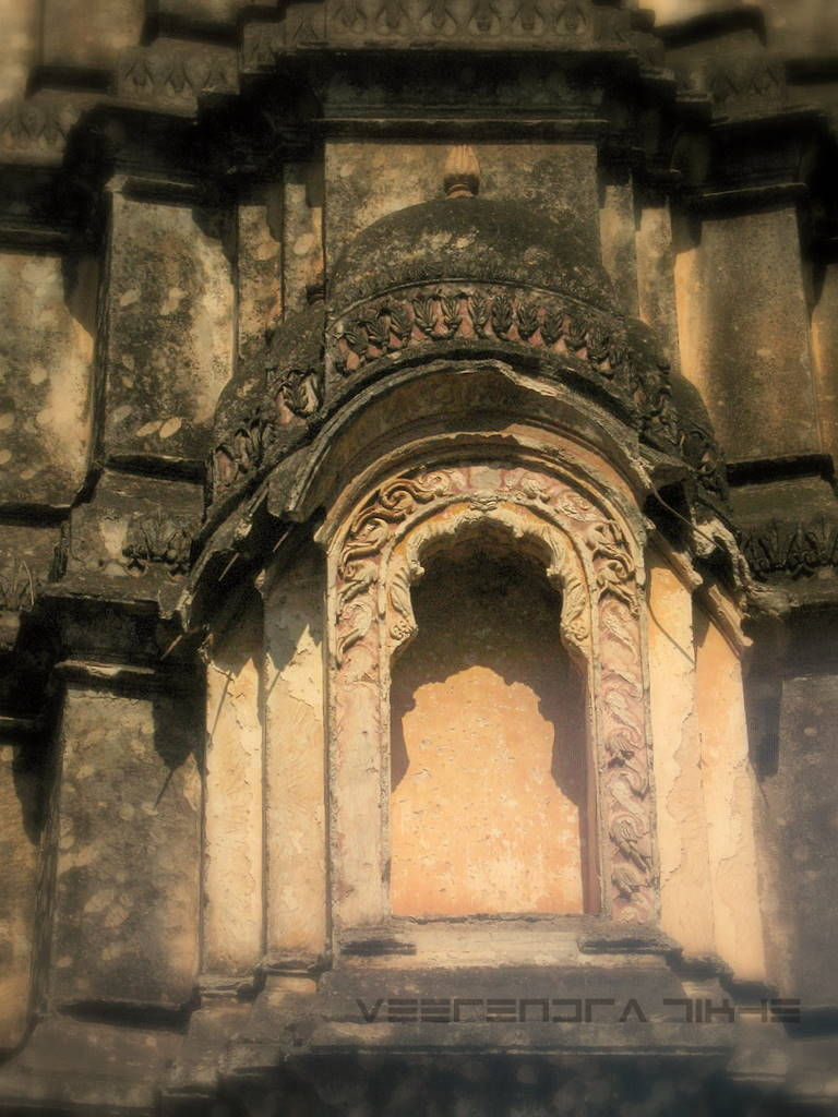 design on old temple