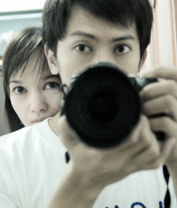 Me, My Wife and my new D90 :p