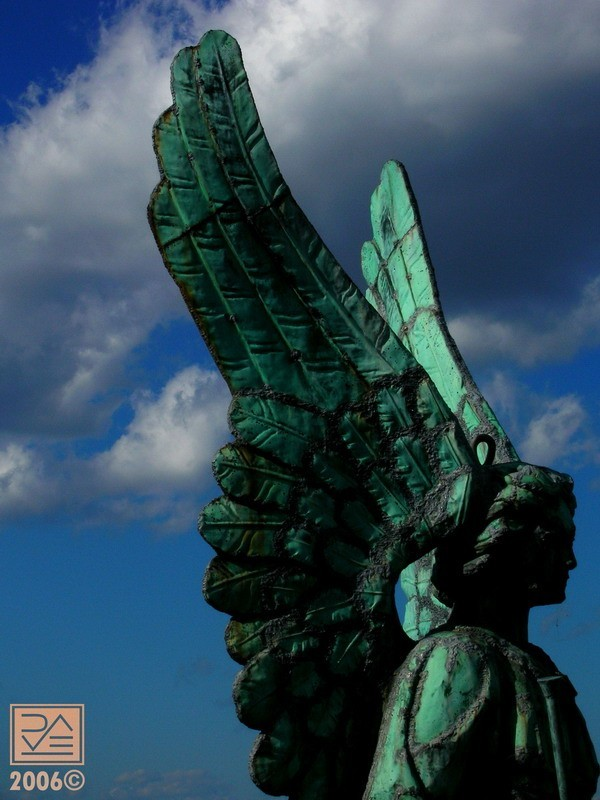 Angel overlooking Harbour