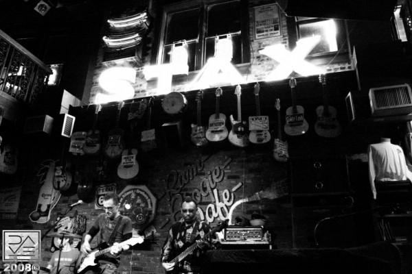 Mercury Boulevard at the Rum Boogie Café