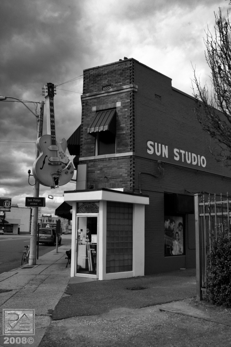 Sun Studio III - Down on the Corner