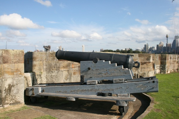Cannon, Fort Denison, April 2011