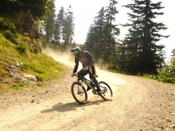 downhill on poiana brasov track