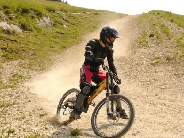 downhill rider at poiana brasov