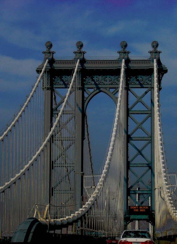 A view of the Manhattan Bridge
