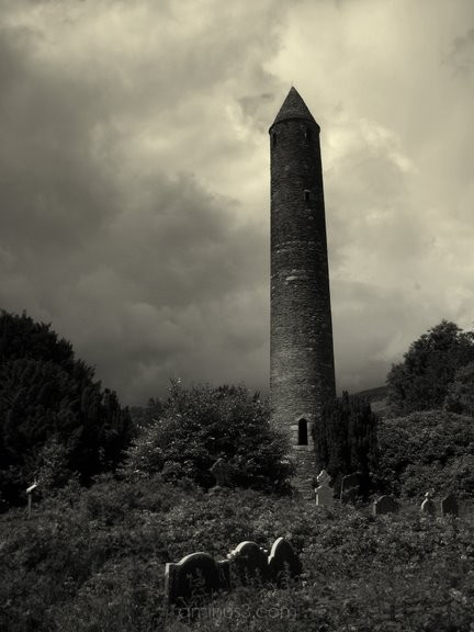 Roundtower south of Dublin, Ireland