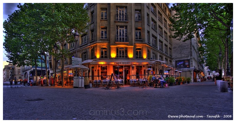 A night HDR view from the Café BEaubourg in Paris