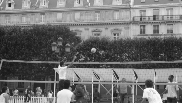 Game of Beach Volley at Paris Plage