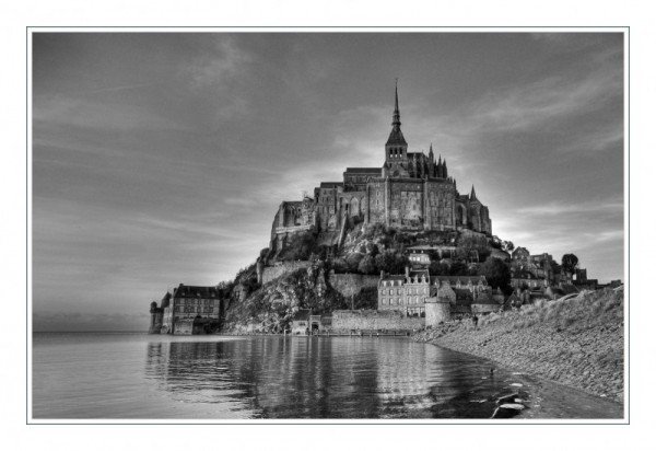 Mont St.-Michel (b/w)