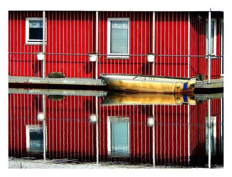 Bootshaus im Vareler Hafen