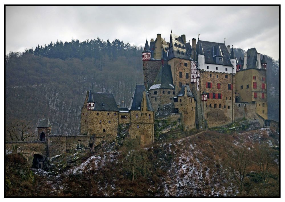 Eltz-Castle in Winter