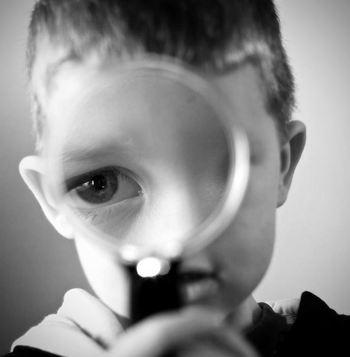 big eye, eye, magnifying glass