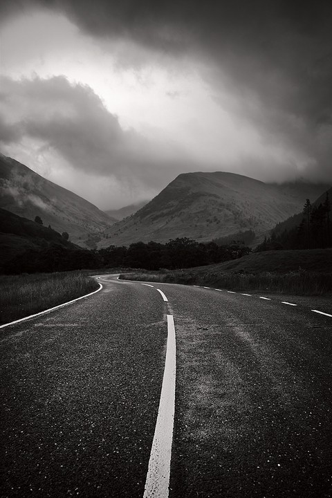 scotland mist mountains road perspective