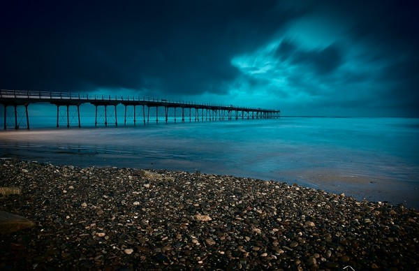 pier saltburn storm long exposure