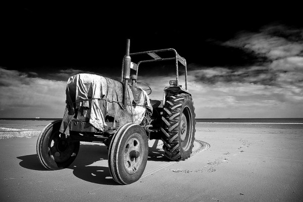 tractor workhorse redcar
