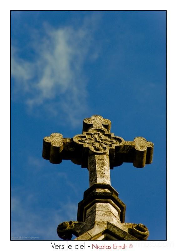 croix, nicolas ernult