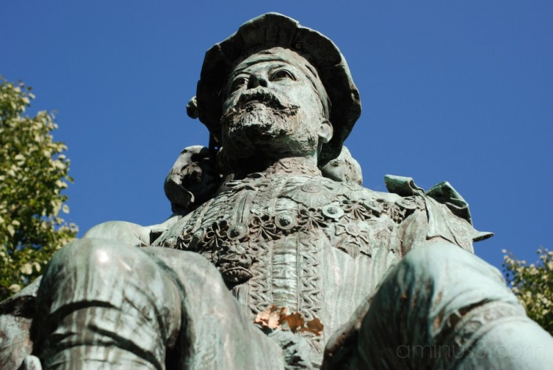King Edward VII statue
