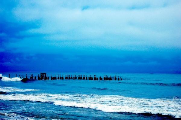 Into the sea, bridge