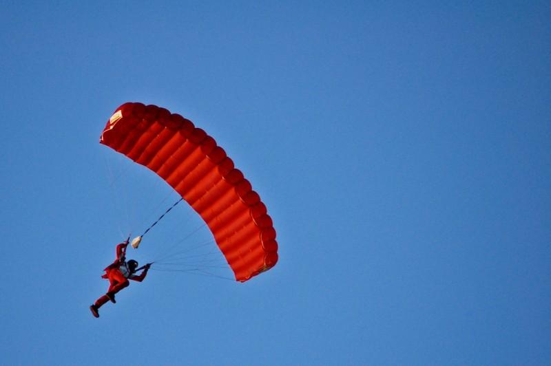 skydiving in spa, belgium