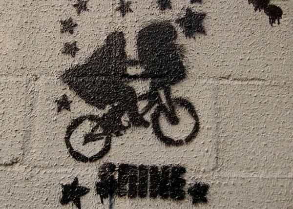 tag graffiti