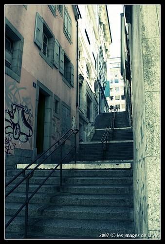 Une rampe d'escalier à Lausanne