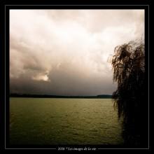 Mauvais temps sur le lac de Bienne.